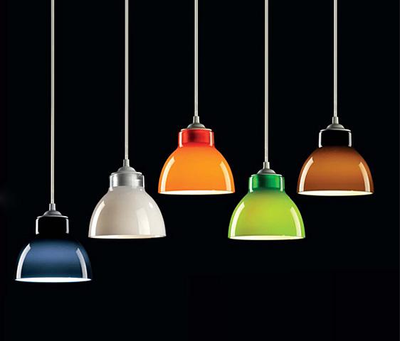 Gilda smal lampade a sospensione design per nail center for Lampade design