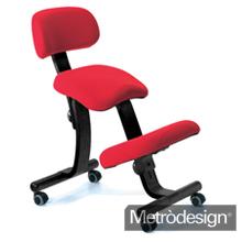 Seduta ergonomica per una giusta postura nel tuo centro nails
