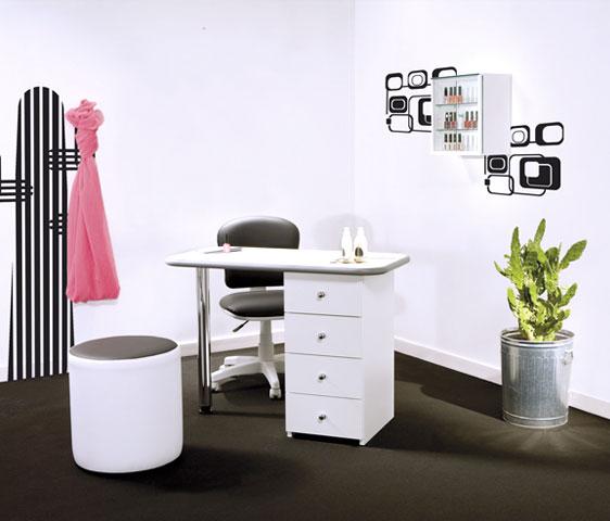 Best promozione arredamento classic with arredare economico for Arredamento ufficio economico