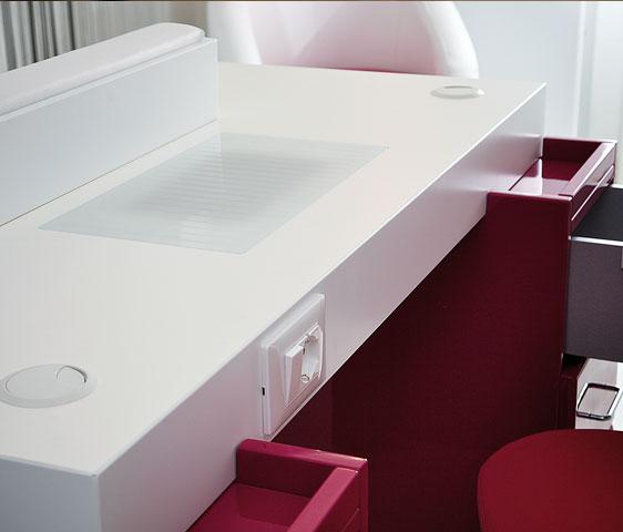 Tavolo per ricostruzione unghie new square metr design arredamento per nail center - Tavolo ricostruzione unghie con aspiratore usato ...